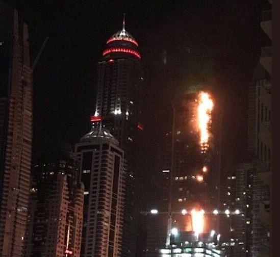 Photos/Video: Huge fire rips through 86-storey skyscraper in Dubai