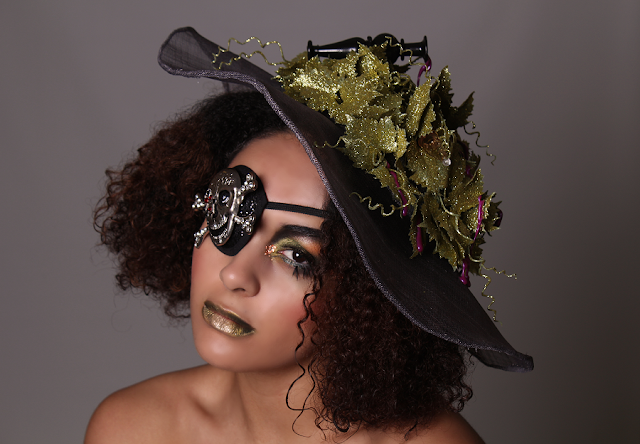photo, photography, Mystic Magic, fashion, poison, headpiece, couture, glitter, skull, pirate, hat, creative, inspirational, ivy, poison ivy, fantasy fashion, fairytale costume, Kill Bill, avant garde,