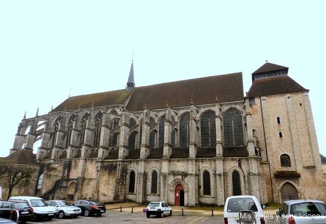 Iglesia de Saint Pierre, Chartres