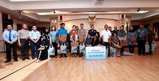 PT. Asabari Berikan Santunan Keluarga Prajurit TNI Yang Gugur di Poso