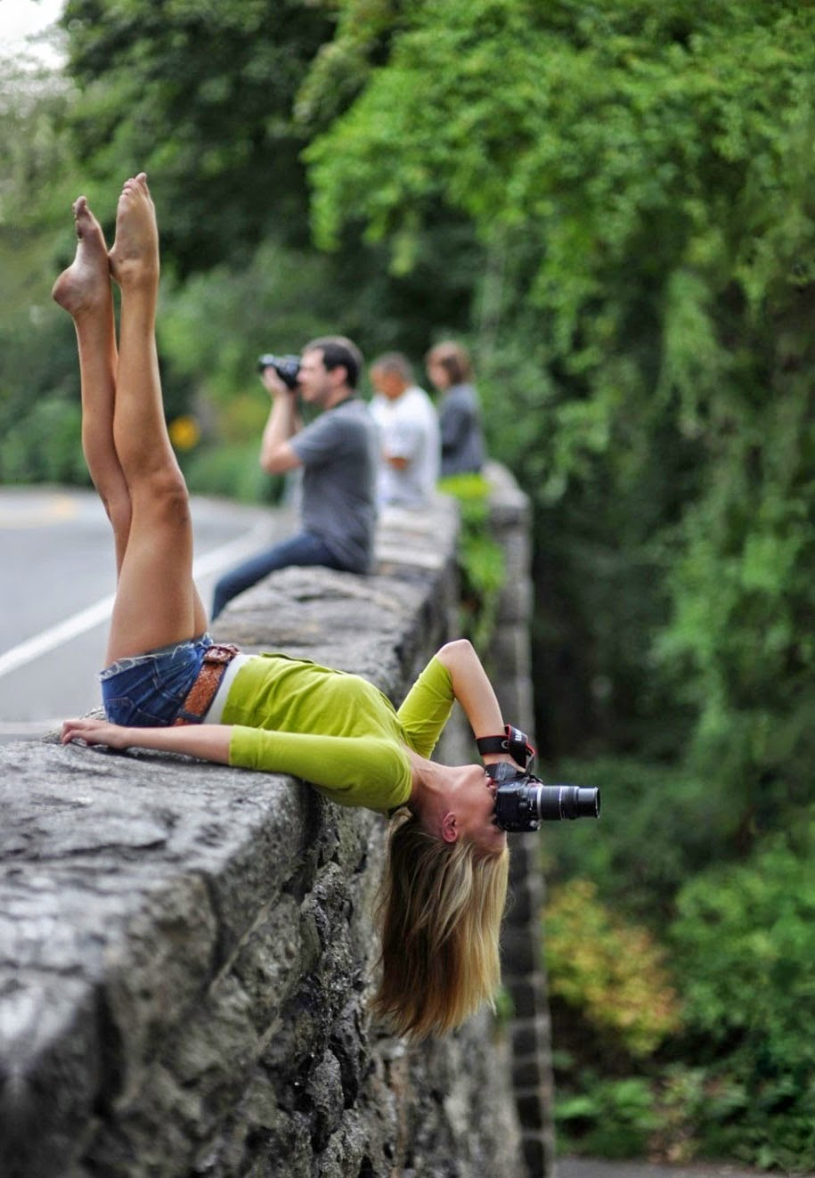 photographers doing crazy things for perfect shot-9