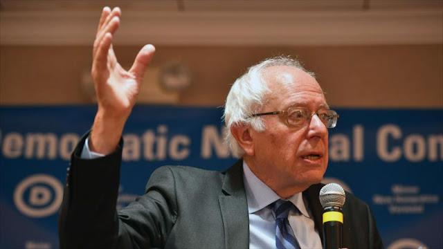 Sanders: Clinton debe cortar lazos con Fundación Clinton