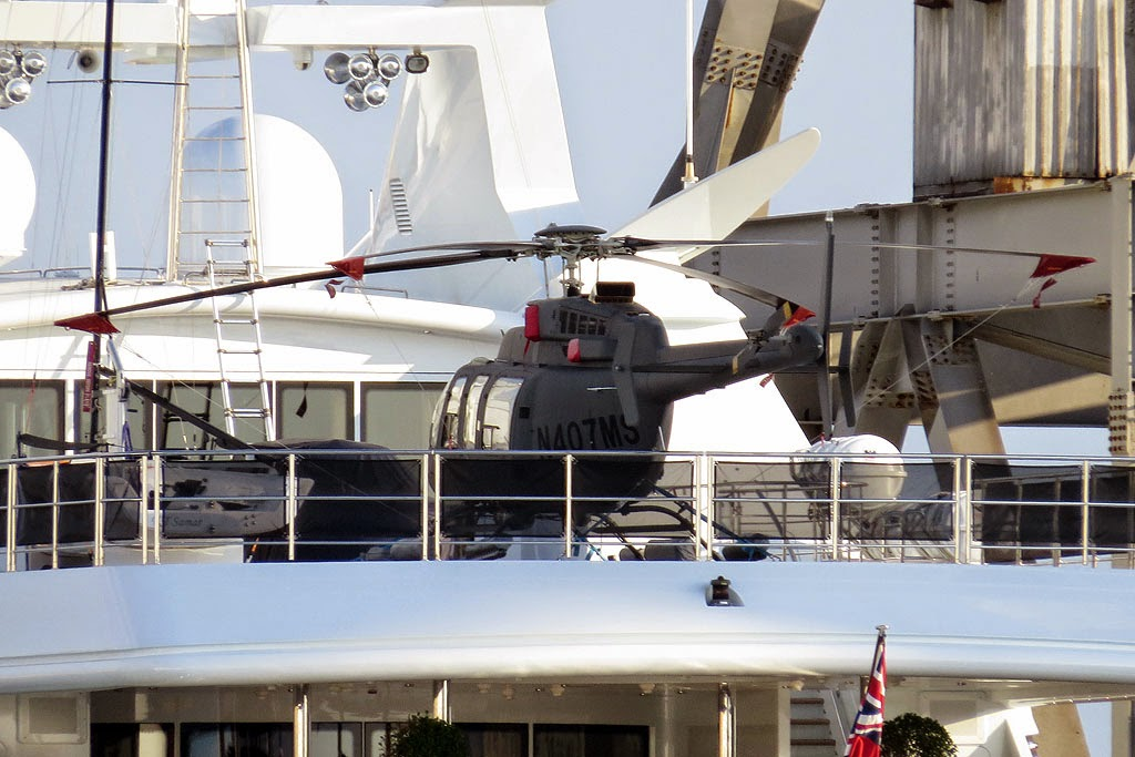 Bell 407 helicopter, luxury yacht Samar, IMO 1008190, port of Livorno