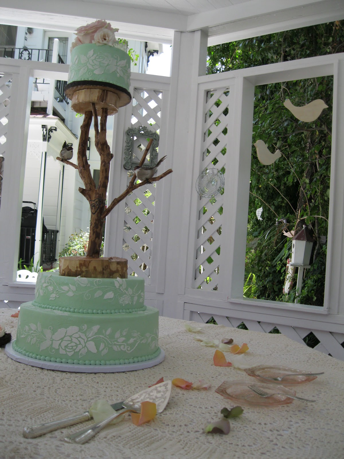 tree branch wedding cake stand tree branch cake stand kiskistonite just got real 21252