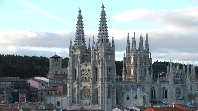 España revisará sus monumentos para evitar catástrofes como la de Notre Dame