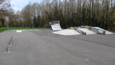 skate park etampes