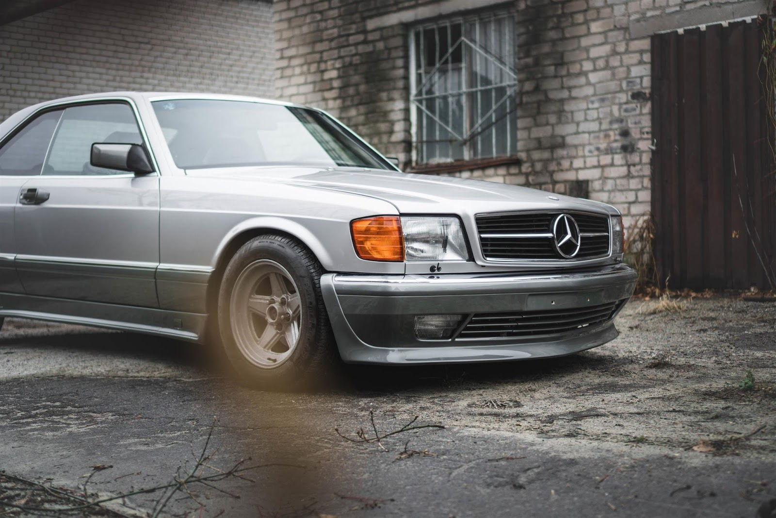 mercedes benz w126 sec on 16 amg penta wheels benztuning. Black Bedroom Furniture Sets. Home Design Ideas