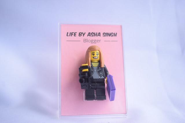 CHRISTMAS GIFT IDEAS - LEGO MINI ME REVIEW