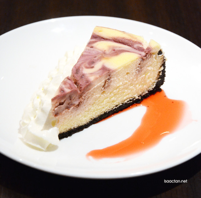 White Chocolate Raspberry Cheesecake - RM12.80