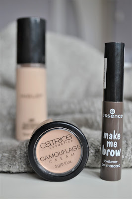 uroda, inglot, Matowa pomadka w płynie, Anastasia Beverly Hills, Dior Addict Gradient Lipstick, essence, make me brow, catrice, camouflage,