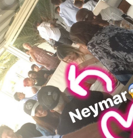 Seems like Neymar and his ex-girlfriend Bruna Marquezine ...Neymar And Girlfriend Together