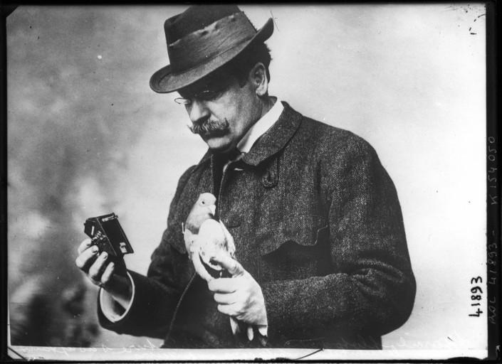 Donsdeals Blog Dr Julius Neubronner S Miniature Pigeon Camera