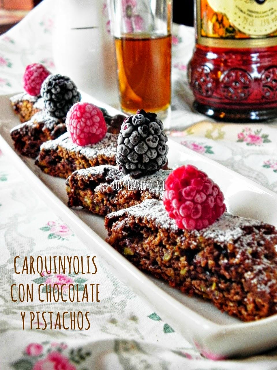 CARQUINYOLIS DE CHOCOLATE CON PISTACHOS