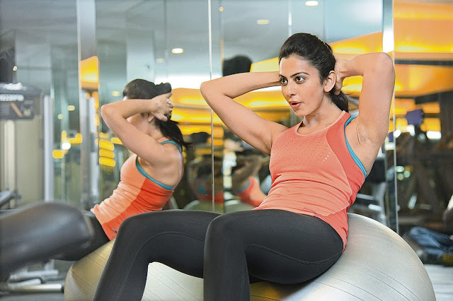 South Indian Actress Rakul Preet Singh Gym Workout Fitness Hot Photos