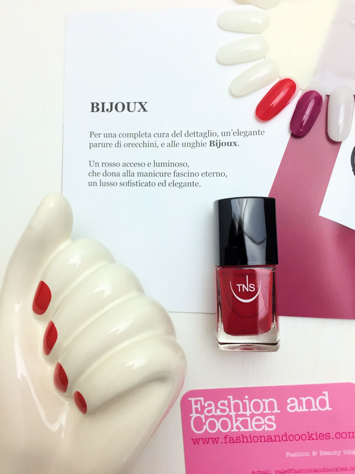 BON TON bijoux nail polish from TNS Firenze on Fashion and Cookies beauty blog, beauty blogger