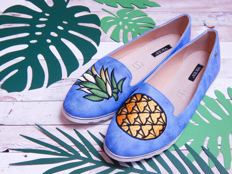 4 renee jasnoniebieskie mokasyny pineapple ananas buty obuwie renee obuwie damskie półbuty buty na wakacje wygodne z aplikacjami wyszywane vices recenzja partybox dodatki na imprezy aloha party dodatki