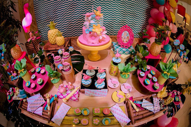 decoração festa flamingos