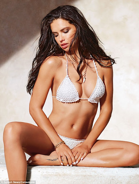 Hot girls Adriana Lima sexy Bra model from Brazil
