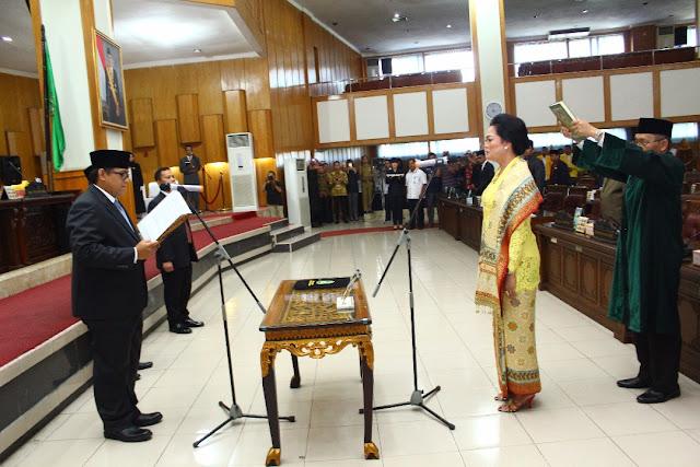 Lindawati Syaropi Resmi Menggantikan Nasrun Madang