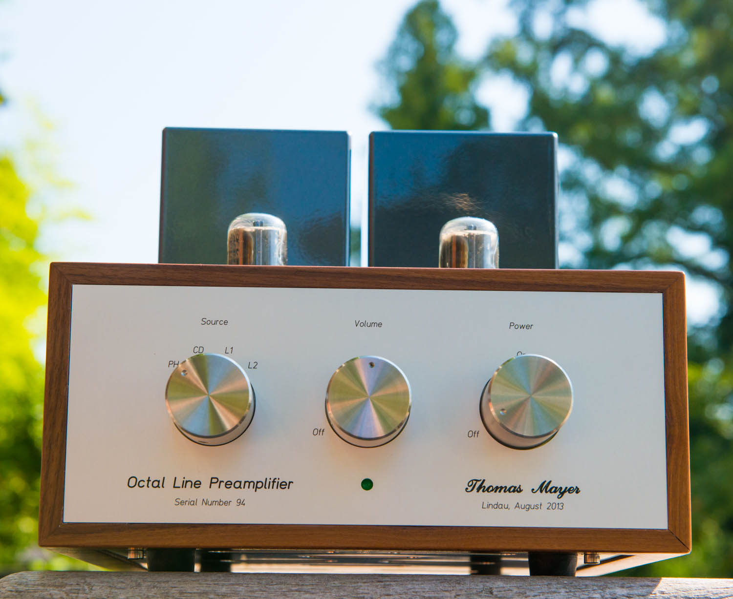 Audio Line Highend Preamplifier With Ics