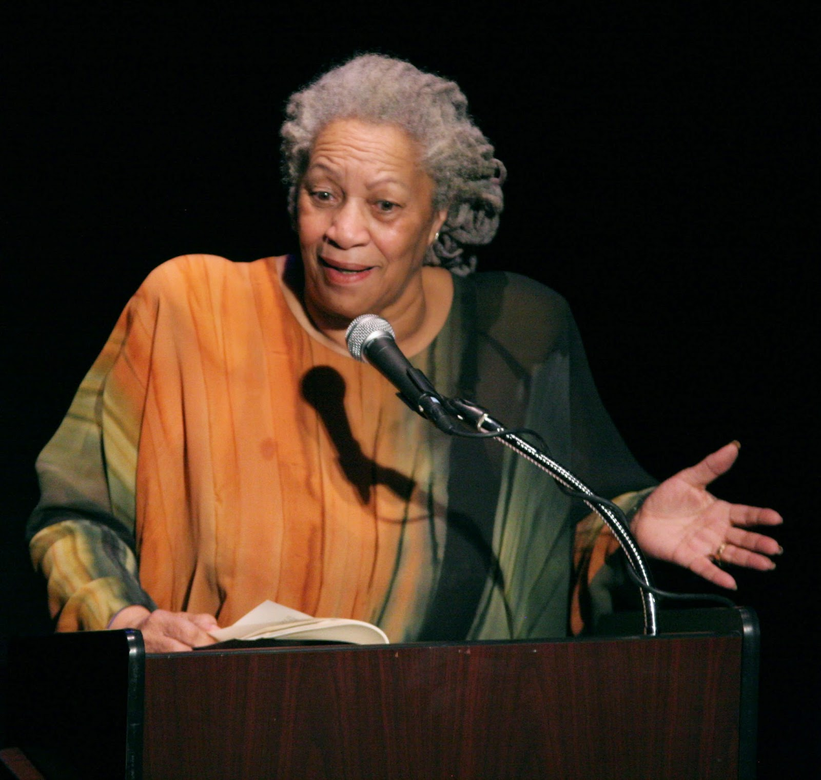 Photo of Toni Morrison.  Sourcehttp://upload.wikimedia.org/wikipedia/commons/0/04/Toni_Morrison_2008-2.jpg