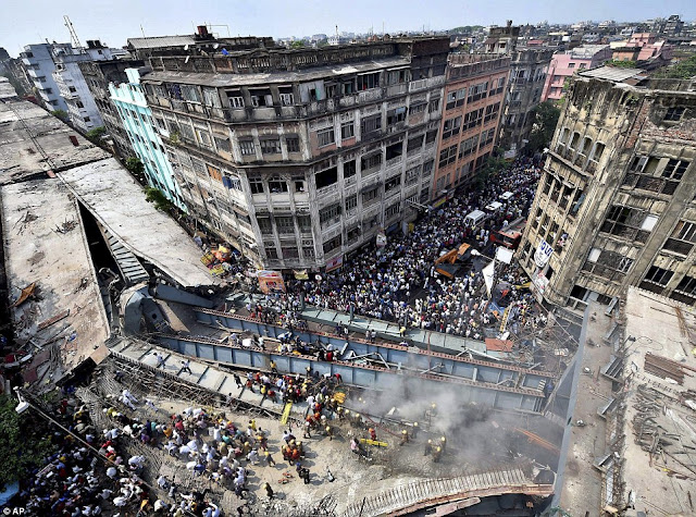 CCTV footage shows how Kolkata bridge collapsed