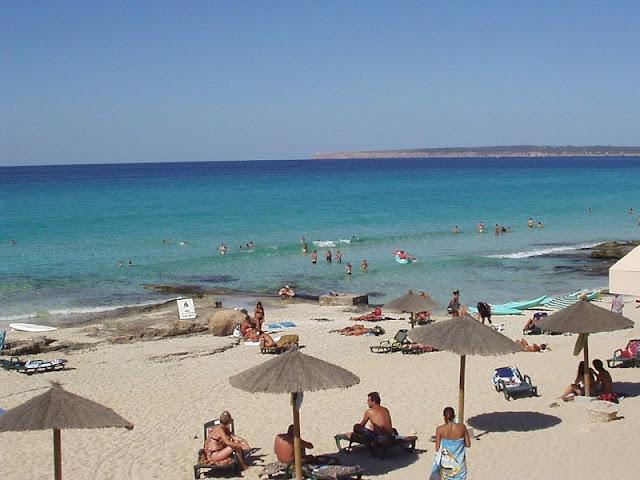 Playa Migjorn em Formentera