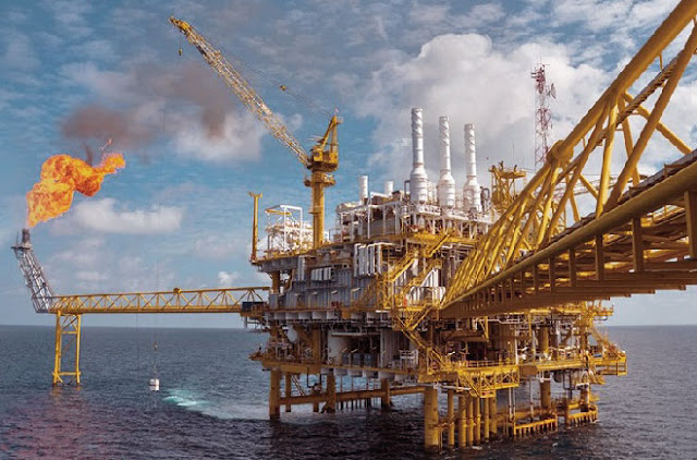 Foto Tambang minyak lepas pantai Iran