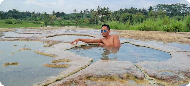 Pemandian+Air+Panas+Ciseeng+Bogor