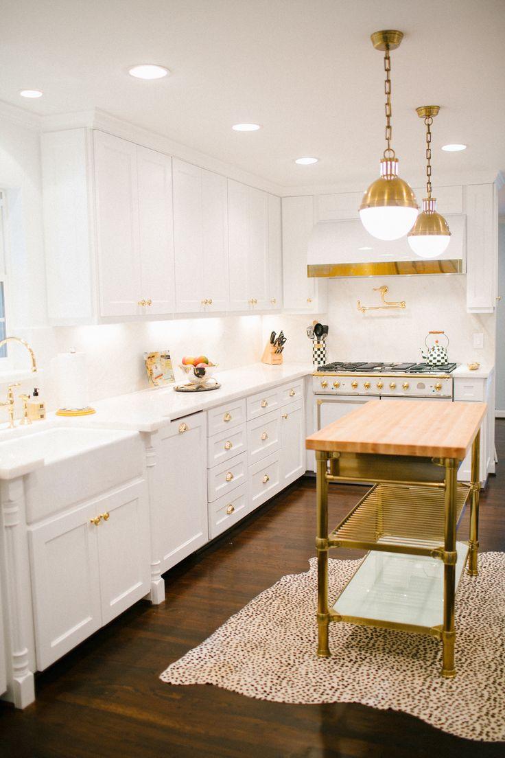 Lamb & Blonde: 20 Beautiful White Kitchens