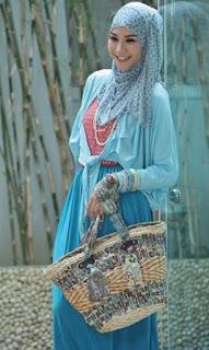 Pakaian Muslim Pesta Casual