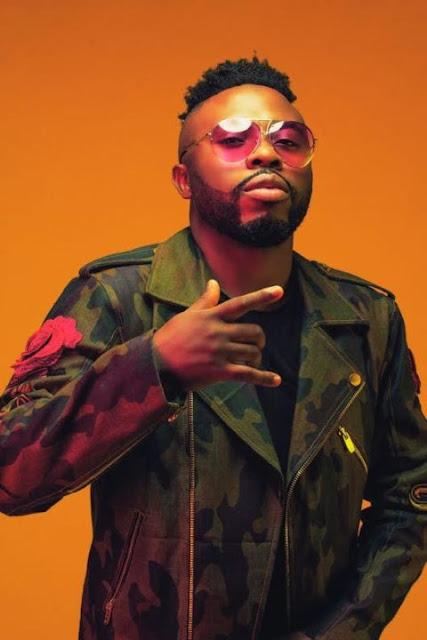 "Akon Signs Nigerian Singer ""Samklef"" to KonLive Records"