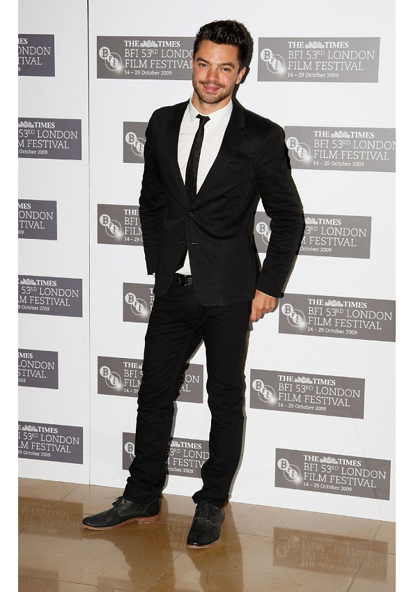 celebrity heights how tall are celebrities heights of celebrities how tall is dominic cooper. Black Bedroom Furniture Sets. Home Design Ideas