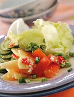 Salad pepaya mangkal ala vietnam campur