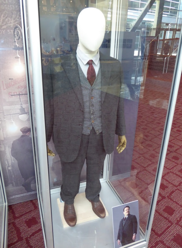 Jacob Kawolski Fantastic Beasts and Where to Find Them costume