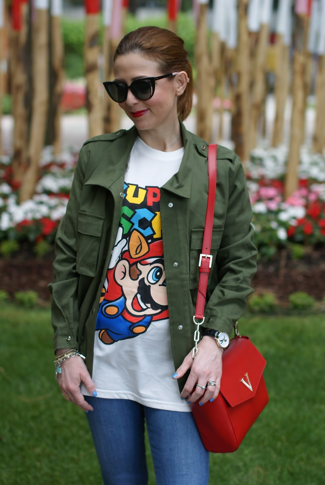 Moschino Super Moschino t-shirt with Tanooki Mario from Super Mario bros, Lookbook Store army green jacket on Fashion and Cookies fashion blog, fashion blogger style