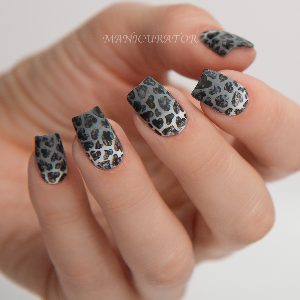 91e2403f75 Paint All The Nails Presents Monochrome with OPI, Whats Up Nails and  KBShimmer - Heart Nail Art