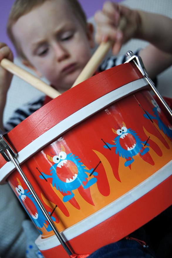 Tra la la muzyka gra! Wpływ muzyki i instrumentów na rozwój dziecka.