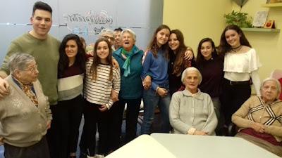 Alumnes dels maristes i àvies d'Aviparc