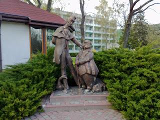 Миргород. Скульптура Ивана Ивановича и Ивана Никифоровича