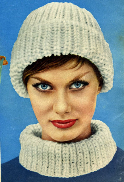 The Vintage Pattern Files: Free 1960'S Knitting Pattern - Continental Cap and Collar Set
