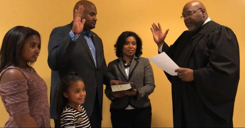 The Sixth Ward: Elgie Sims succeeds former Sen. Donne Trotter