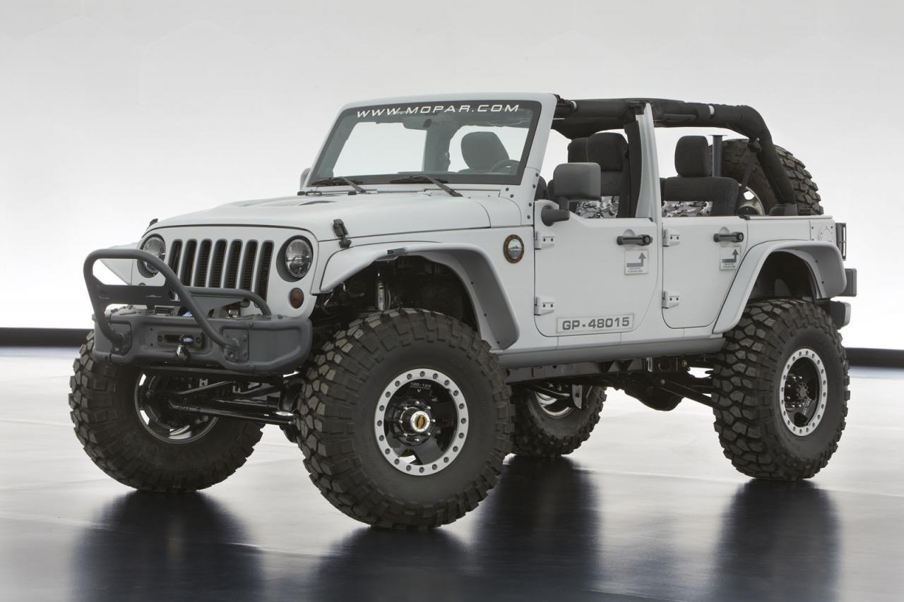 [Resim: Jeep+Wrangler+Mopar+Recon+1.jpg]
