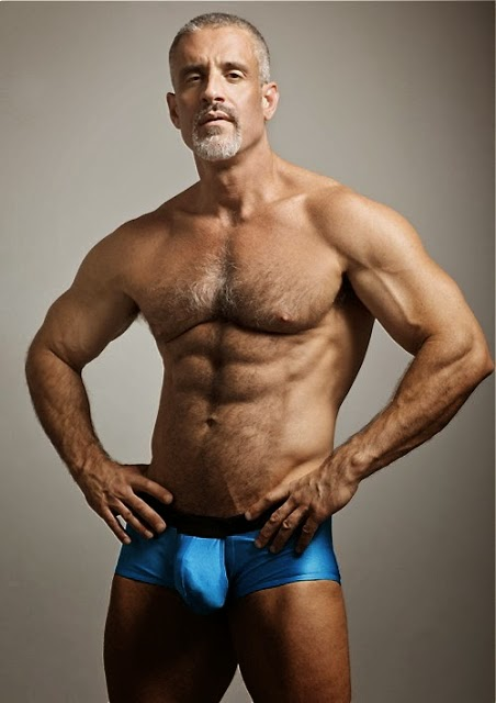 Mature Gay Muscle 116