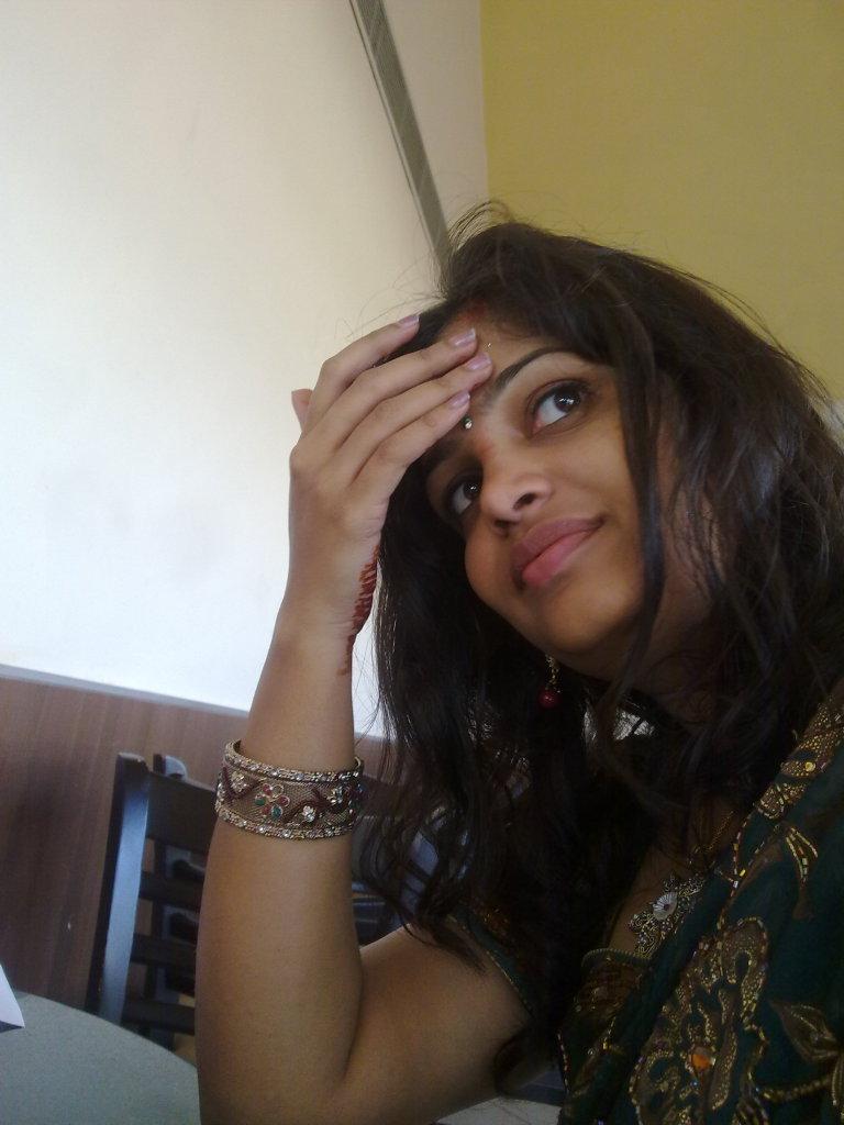 Savita Bhabhi Sexy Hot Photos