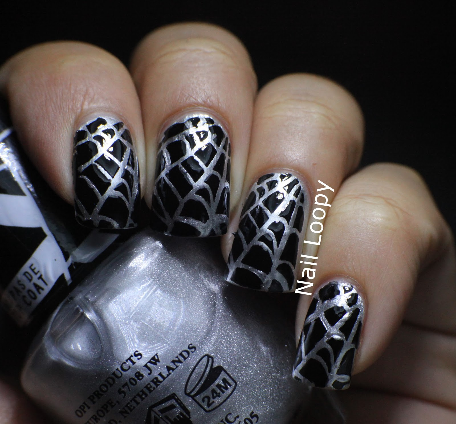 nail loopy: HALLOWEEN SPIDER WEB NAIL VINYLS