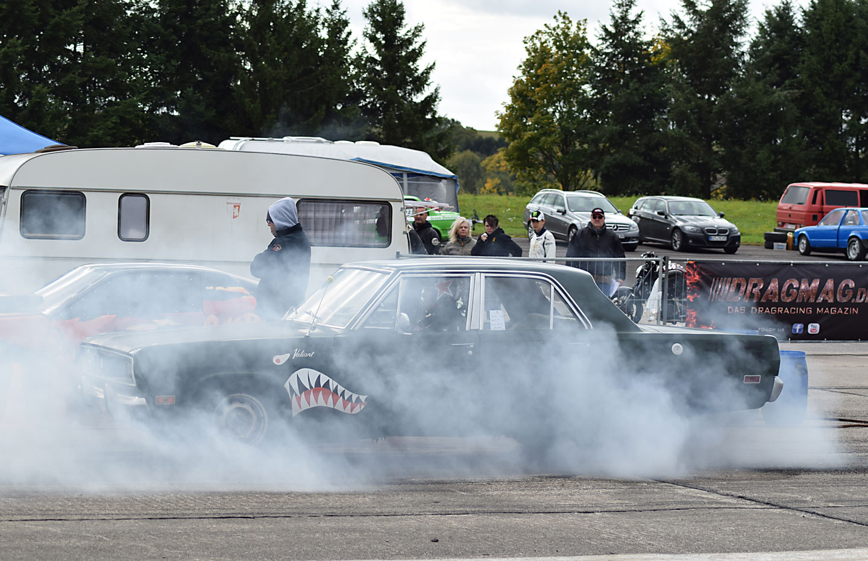 Groß Drag Race Car Verdrahtungsplan Galerie - Der Schaltplan ...
