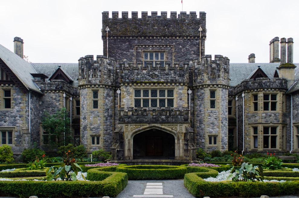 castle defenese essay