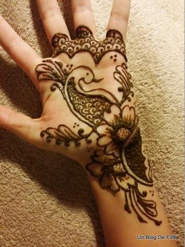 un blog de fille diy vid o r aliser un tatouage au henn. Black Bedroom Furniture Sets. Home Design Ideas