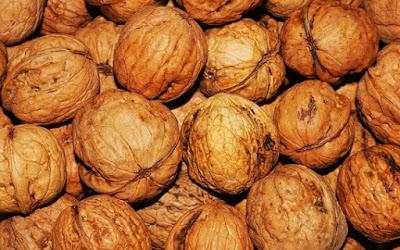 manfaat-kacang-walnut-bagi-kesehatan,www.healthnote25.com
